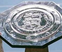 Manchester rivals United and City will battle for the FA Community Shield on Sunday.