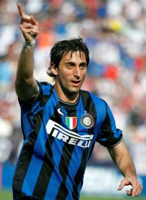 Inter's Diego Milito sunk Bayern with two fine goals