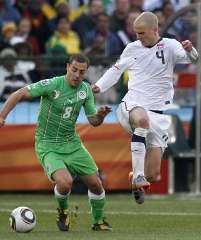 Players in action during the USA vs Algeria 2010 World Cup match.