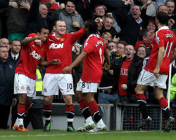 Chelsea vs Manchester United: Watch out for Nani and Wayne Rooney