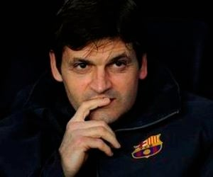 Tito Vilanova of Barcelona is struggling with cancer.