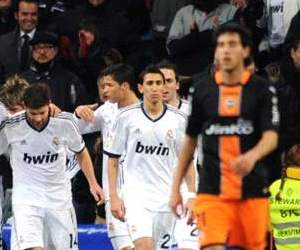 Real Madrid will play away to Valencia in the second match of both teams' January triple header.