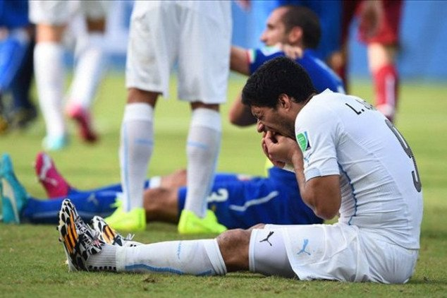 Suarez looking at 2 year ban after biting incident