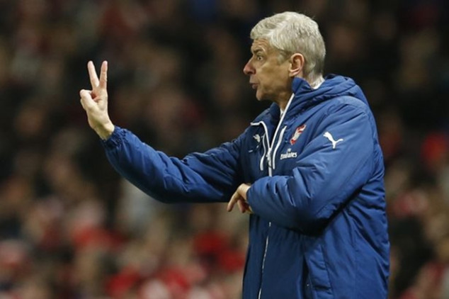 Wenger looking to sign 2 new players?