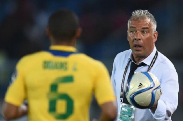 Gabon's Costa furious at penalty decision