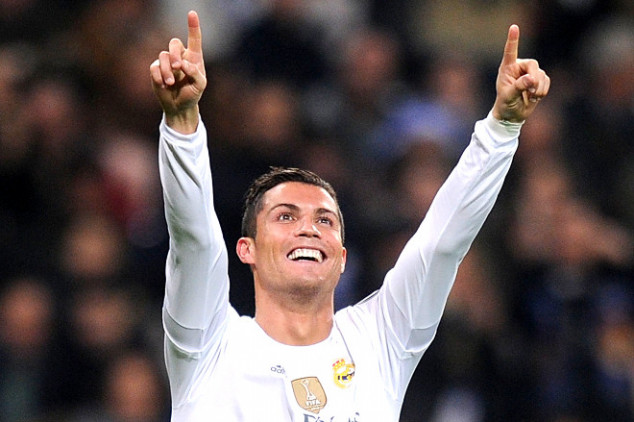 """CR7: """"Records seek me out"""""""