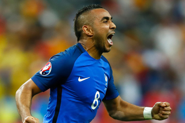 Spanish giants closely watching Payet