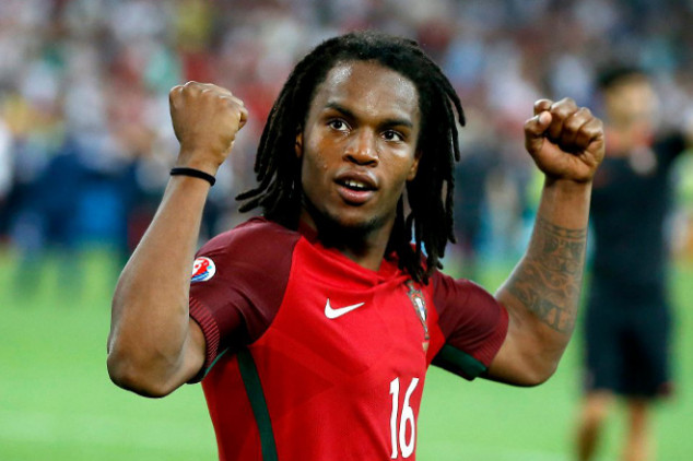 Sanches accused of lying about his age