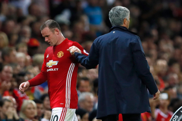 Rooney left out of Europa League squad