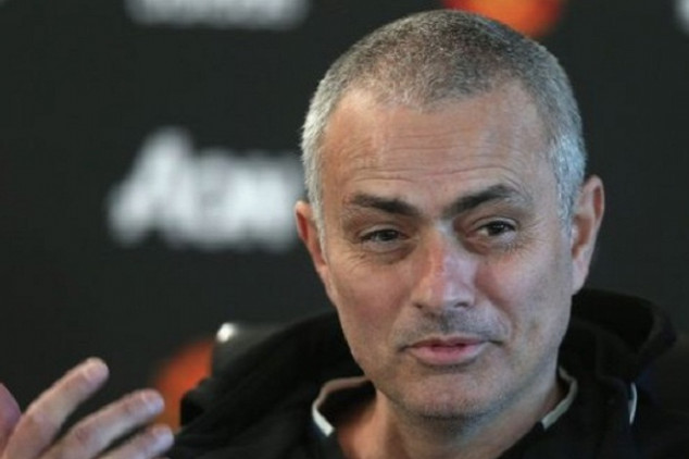 Mourinho 'aims dig' at Pep's hair