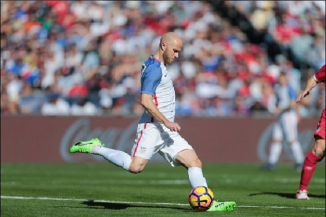 Bradley and Altidore set personal records
