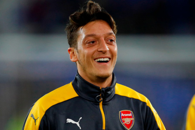 Ozil: I'm singled out at Arsenal