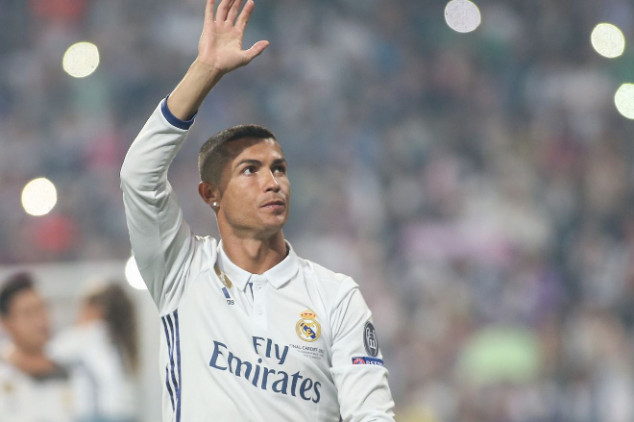 Cristiano decides which club to join