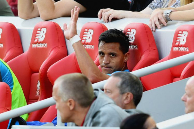 Alexis asks to leave Chile camp amid exit rumors