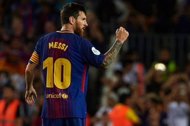 Messi reaches one more record in Catalan derby