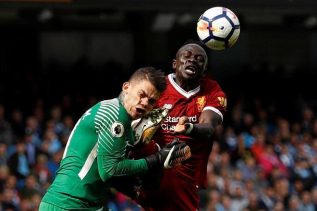 Ederson shows scars from Mane clash