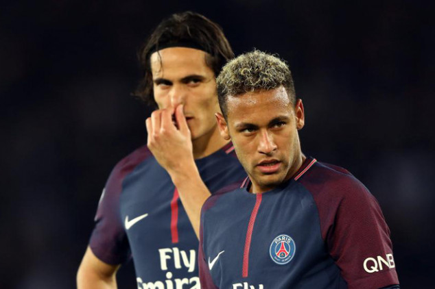 Cavani linked with EPL move