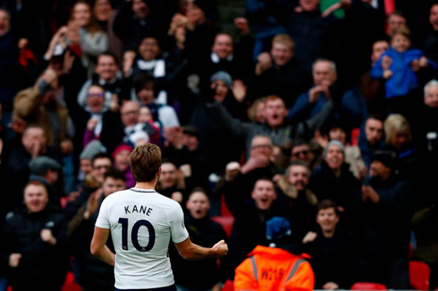 Kane sets three records on Boxing Day