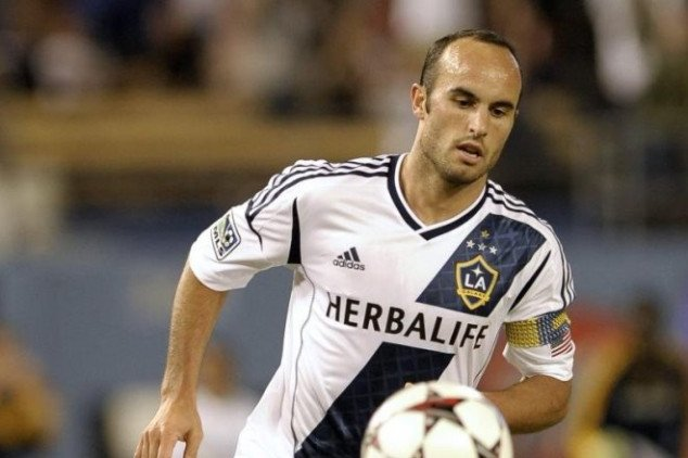 Donovan steps out of retirement to play in Liga MX