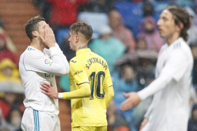 Villarreal shocks Real Madrid with late goal