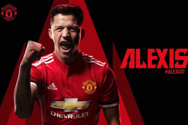 Alexis joins Manchester United after swap deal