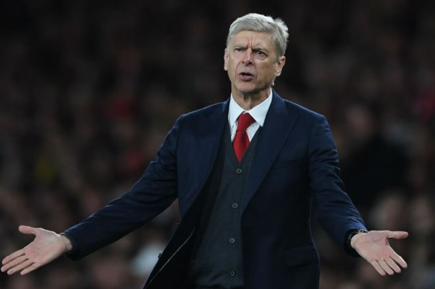 Wenger slams English players for 'diving'