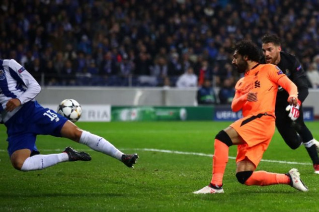 Salah closes in on Torres's record with Porto goal