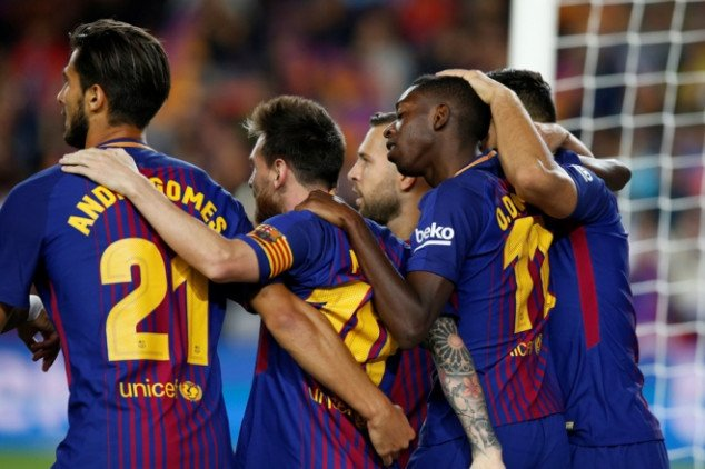 Barcelona set to let eight players leave
