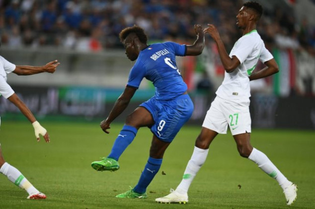 Balotelli scores and dedicates goal to Astori