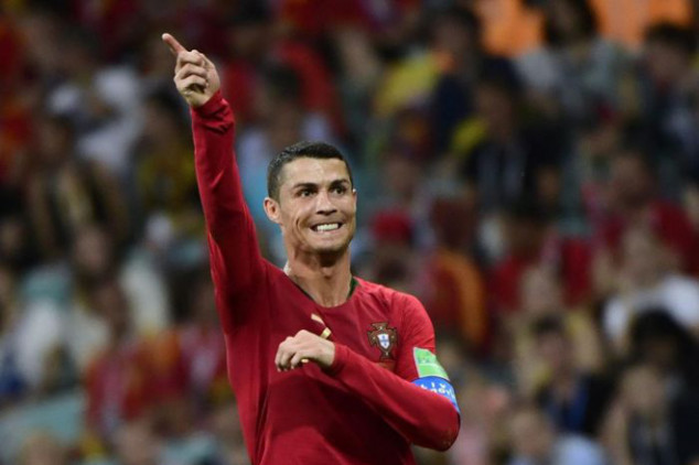 Evra: Never go to Cristiano's house