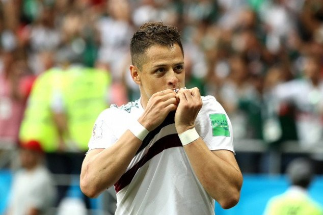 Chicharito reaches 50-goal mark with Mexico