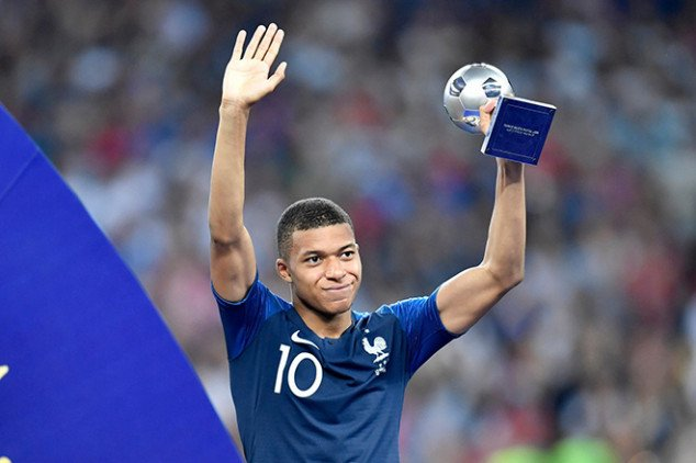 Mbappe opens up about his PSG future