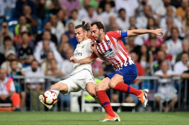 Gareth Bale suffers injury scare in Madrid derby