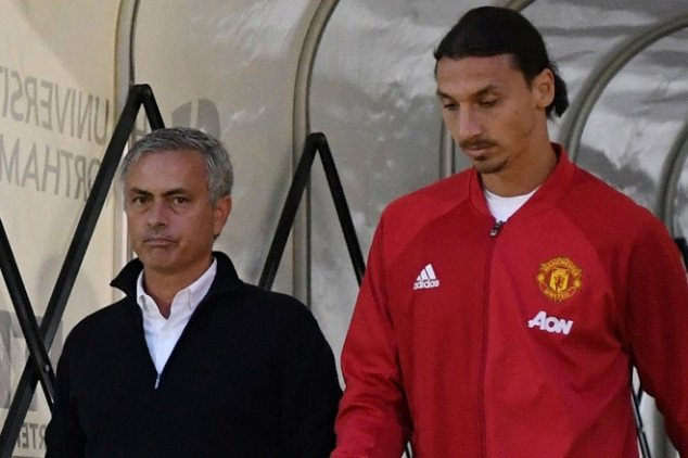 'Ibra' supports Mourinho, aims dig at Pep