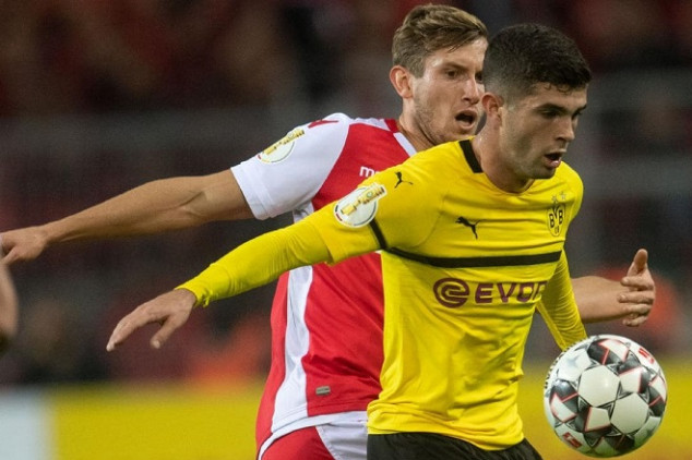 Pulisic set to snub Chelsea due to transfer ban