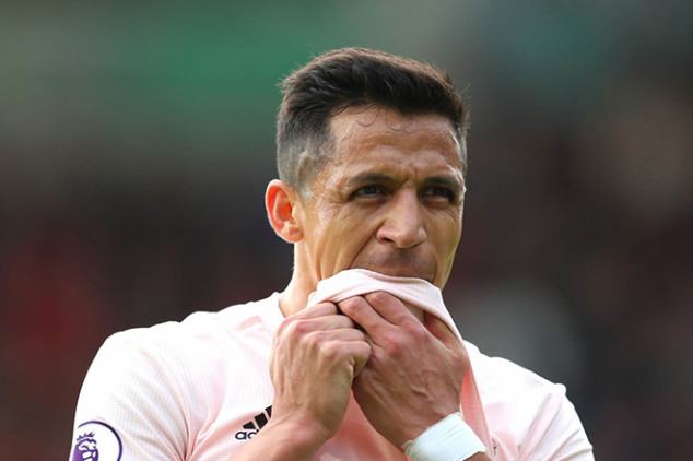 Alexis Sanchez ruled out until New Year