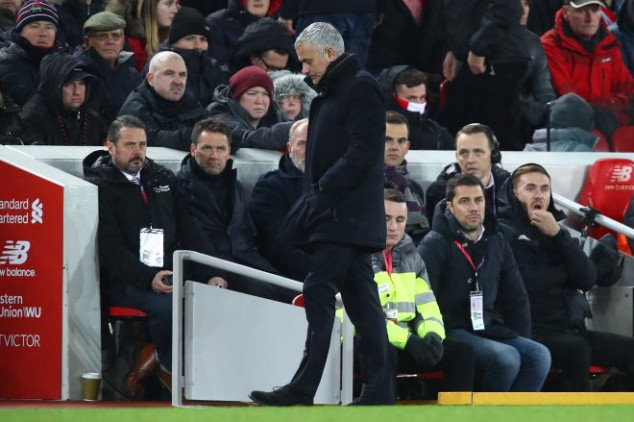 Mourinho aims dig at ex-Manchester United boss