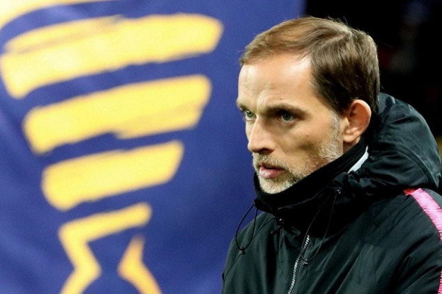Tuchel urges PSG to sign players