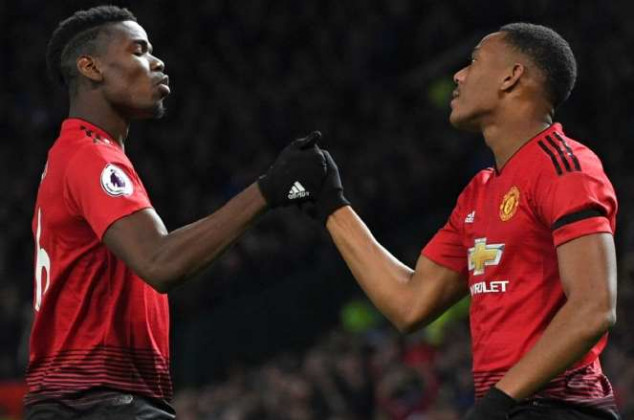 Man Utd star closes in on a new deal