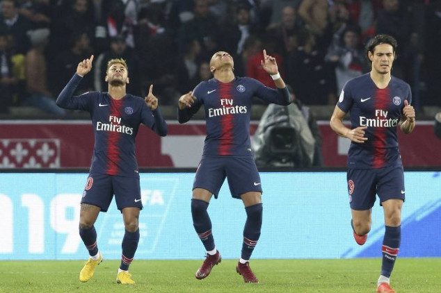 PSG sets Ligue 1 record with 9-0 win over Guingamp
