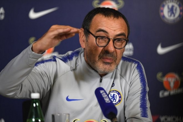 Sarri hints at imminent crisis at Chelsea in rant