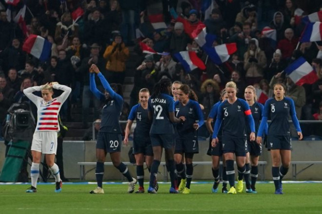 France ends USA's 28 matches unbeaten run