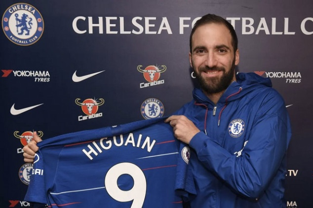 Higuain finally unveiled as Chelsea's striker