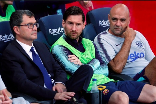 Valverde leaves Messi on the bench