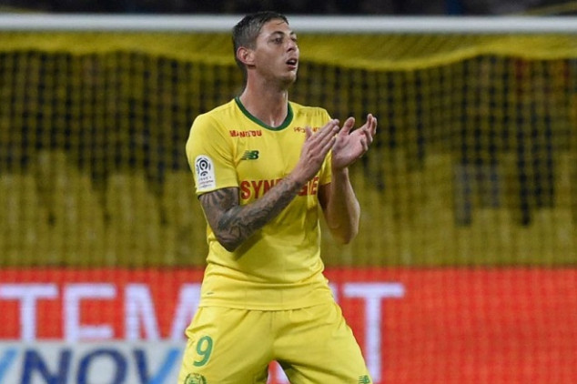 Body recovered from Sala's plane wreckage