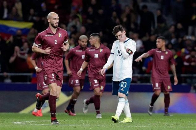 Maradona launches attack on Argentina players