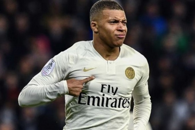 Real Madrid dismisses news on Mbappé deal
