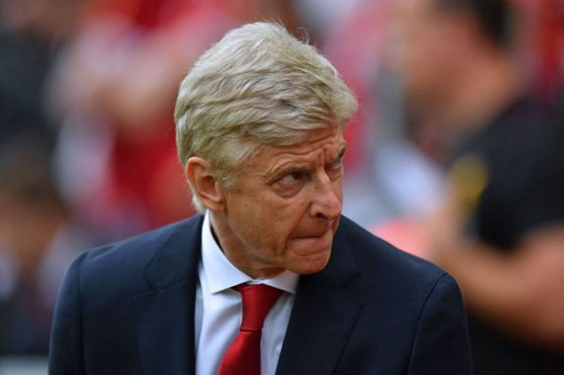 Wenger shares update on future away from PSG