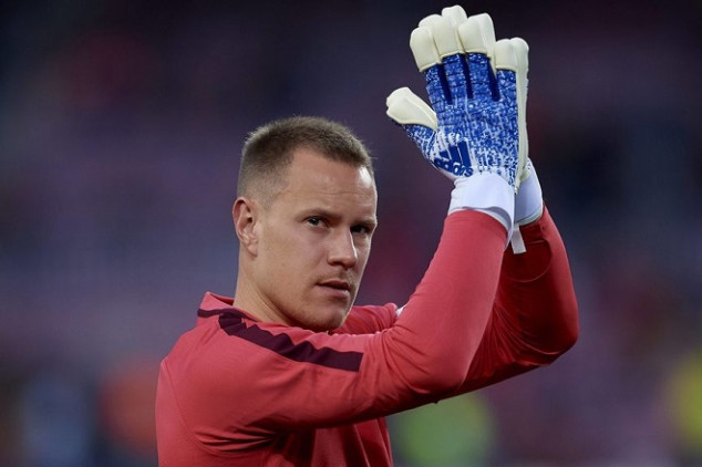 Why did Ter Stegen not celebrate Messi's 2nd goal?