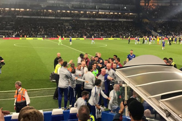 Rudiger involved in scuffle as Sarri is sent off